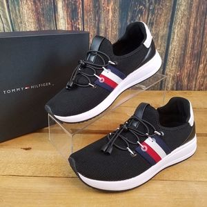 TOMMY HILFIGER RHENA STRIPED BLACK CASUAL SNEAKERS